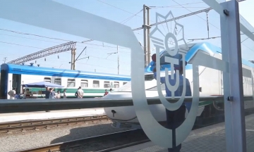 Electric Train Brings Uzbekistan One Step Closer to Silk Railroad Dreams