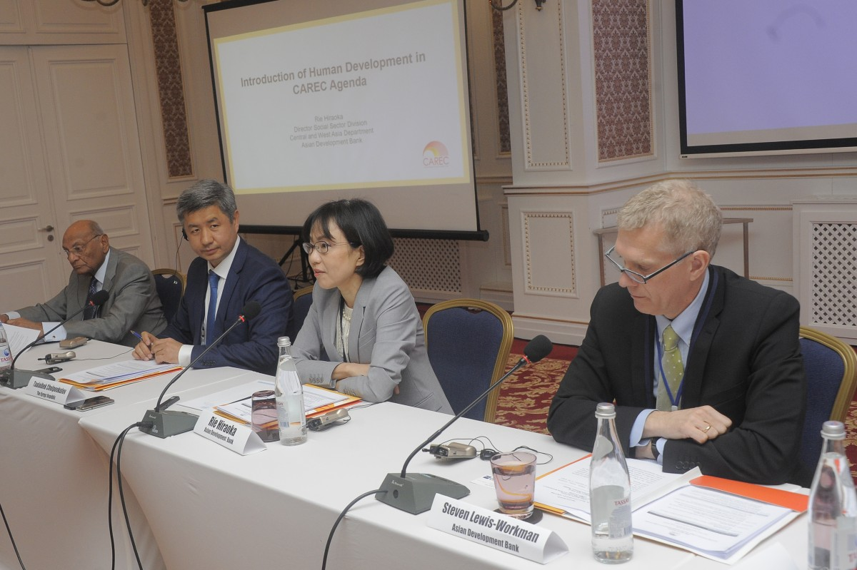 FROM LEFT: Dr. Shamsh Kassim-Lakha, Chairman of the Board of Trustees, University of Central Asia and AKDN Representative; Taalaibek Cholponkulov, Director, Primary Vocational Education Agency under the Ministry of Education of the Kyrgyz Republic; Rie Hiraoka , Director, Social Sector Division, Central and West Asia Department, Asian Development Bank (ADB); and Stewen Lewis-Workman, Unit Head, ADB Kyrgyz Republic Resident Mission Project Implementation Unit, delivering opening remarks.